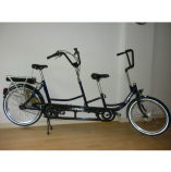 "Roll-on Hapert: Copilot 24"" groot frame elektrische tandem"