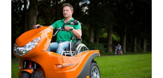 Pendel, rolstoelscooter, rolstoeltracker, scootmobiel